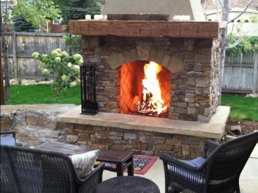 outdoor-fireplace-pit001