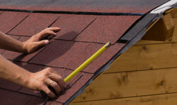 Shingle Roofer in Frisco, Texas